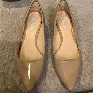Cole Haan low platform shoes beige size 7 great!